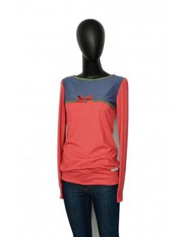 Shirt in Weiss, fein gestreifete Ärmelchen, Blume Applikation in retro, von Iza Fabian.